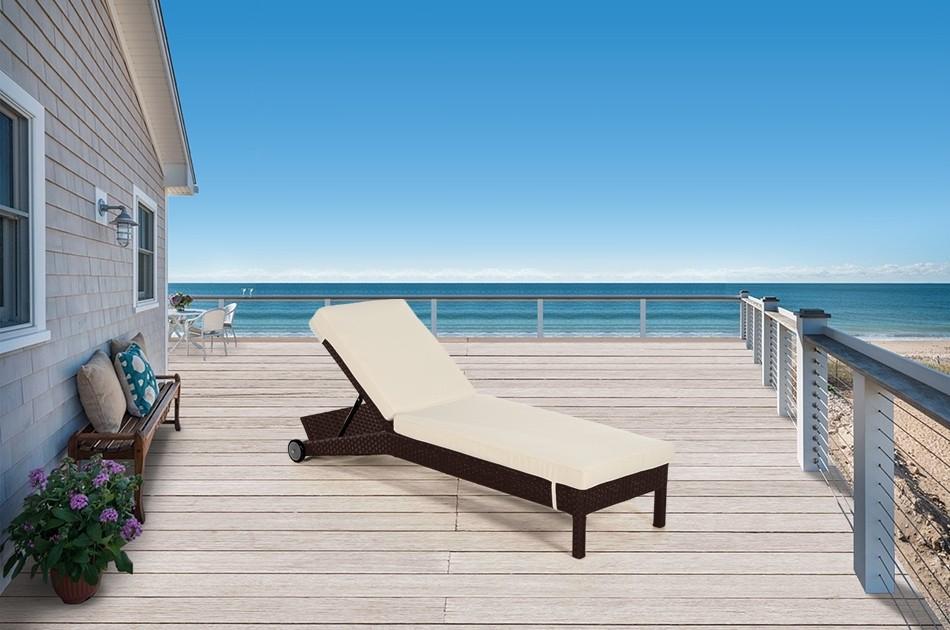 rattan gartenm bel rattan liegestuhl palma in der farbe braun. Black Bedroom Furniture Sets. Home Design Ideas